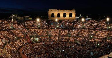 L'Arena Verona si 'allarga' e riparte con Il Volo